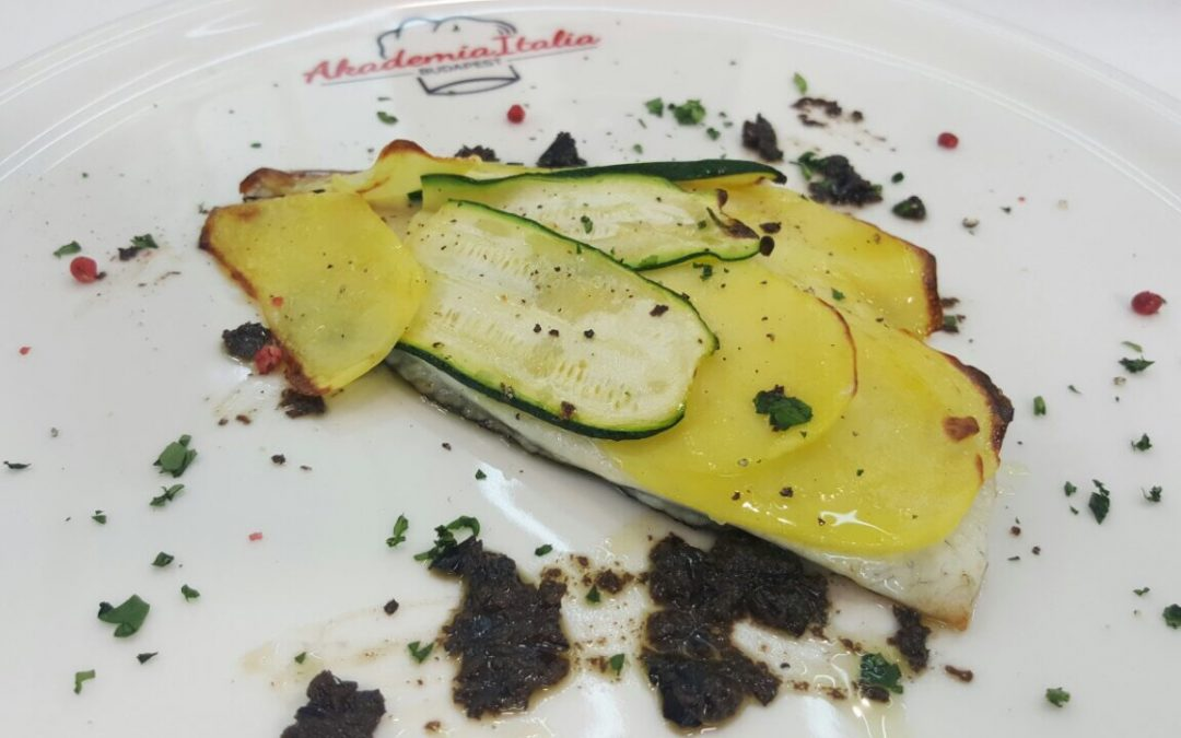 Filetto di Orata in crosta di patate e zucchine al forno con pesto di olive nere